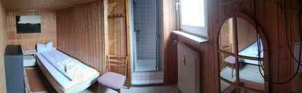"""Gepflegtes Zimmer mit Dusche im Landgasthaus """"Zum Erbacher Hof"""", Gadernheim"""