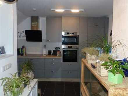 *Lehrte* modernisierte 4-Zimmerwohnung in ruhiger Lage, Preis verhandelbar