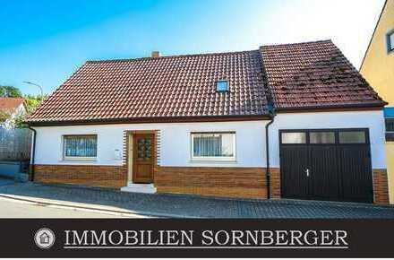 Gepflegtes Häuschen inkl. Nebengebäude und Innenhof mit guter Bausubstanz **RESERVIERT**