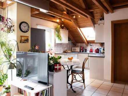 1-Zimmer-DG-Wohnung komplett möbliert mit EBK nur bis 12 /2020 zu vermieten