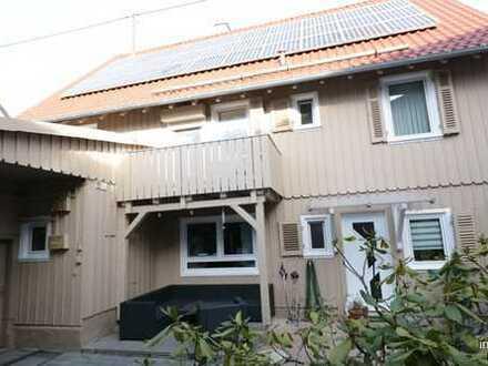 Wohnen und Arbeiten in Einem !! Charmantes Häuschen mit Gewerberäumen...