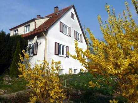 Anfragen nur per Email! Schöne 2,5 Zi.-EG-Wohnung in ruhiger Lage in Uhingen-Holzhausen, EBK, Terras