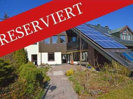 Großzügige, moderne Villa mit Praxis-/ Kanzleietage bei Bad Steben