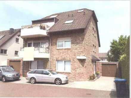 Freundliche 3-Raum-Wohnung mit EBK und Balkon in Würselen