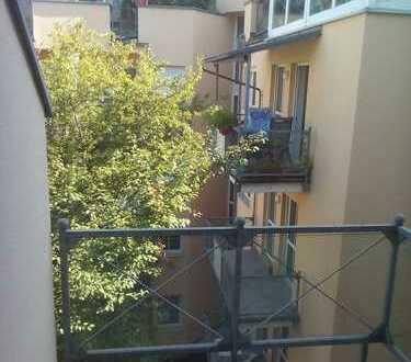 Schönes Apartement 38 qm, Balkon, TG, provisionsfrei - Regensburg, Innenstadt