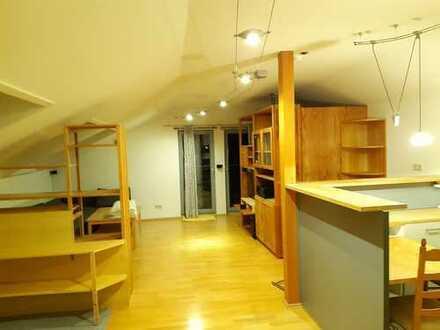 Gemütliche, gepflegte 1-Zimmer-DG-Wohnung in Waiblingen