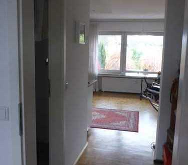 Helle, neuwertige 2-Zimmer-Wohnung mit Terrasse und Garten in Merkenich, Köln - an NICHTRAUCHER!