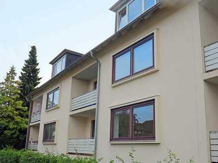 3-Zimmer-Wohnung in ruhiger Lage mit Balkon und Parkett