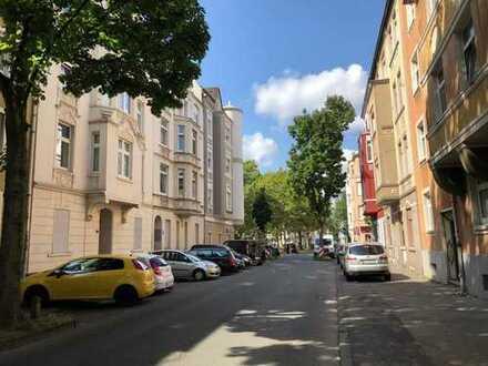 6-Familienhaus für nur knapp € 950,- pro m² Wohnfläche!!