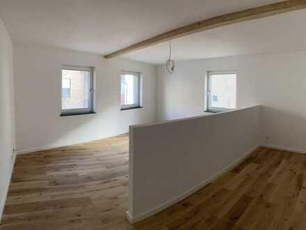 Erstbezug nach Sanierung: freundliche 3-Zimmer-Wohnung mit Balkon in Jockgrim