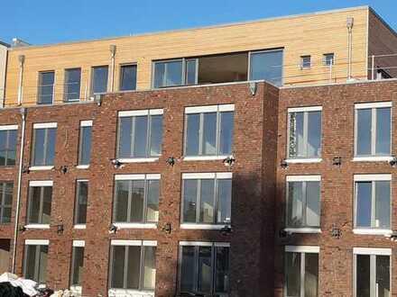 Penthouse 128m² WFL,Innenstadt mit Fernblick,Dachterrasse,Aufzug,KFW55 Standard
