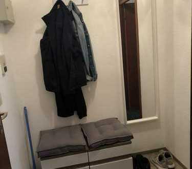 Freundliche 1-Zimmer-Wohnung mit Balkon und EBK in Kaiserslautern
