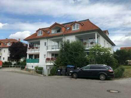 Single-DG-Wohnung mit Balkon und wunderschönem Weitblick