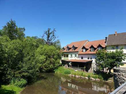 Ostheim v.d. Rhön - idyllisch und zentral gelegene 4-Zimmer Wohnung in ehemaliger Mühle zu vermieten