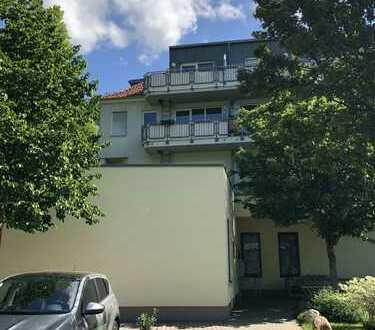 Ansprechende 1-Zimmer-Dachgeschosswohnung mit Balkon in Dresden Laubegast