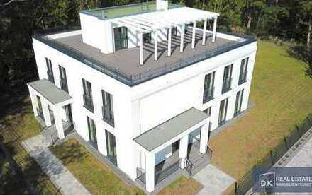 Erstbezug: Moderne Villa mit zwei separaten Wohnungen im Villenpark von Groß Glienicke (Potsdam)