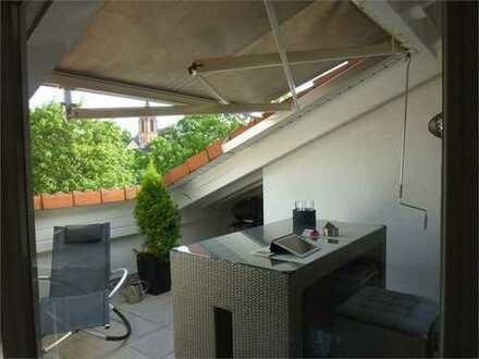 Mit TG - Traumhafte drei Zimmer Dachgeschosswohnung in Frankfurt am Main, Oberrad