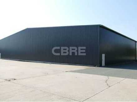 Zu Ihrer Verfügung: 4.600 m² Leichtbauhalle in Bindlach