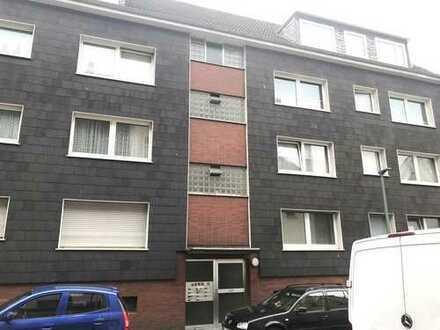 3,5 Raum Dachgeschosswohnung inkl. Garagen in einer ruhigen Nebenstraße von GE-Ückendorf