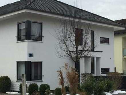Bestlage Feldmoching: helle, neuwertige 2-Zi-Whg. in modernem Niedrigenergiehaus provisionsfrei