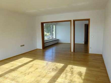 BB-Tannenberg: Großzügige 4-Zimmer-Mietwohnung
