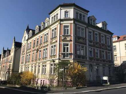 3-Raumwohnung in sonniger, ruhiger Lage! Große Küche und Bad mit Wanne & Fenster