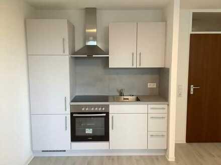 Erstbezug nach Sanierung mit EBK: 1-Zimmer-Wohnung in Kornwestheim