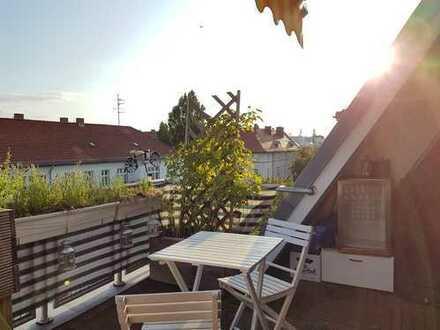 Einmalige Dachoase mit Süd Balkon mitten in Berlin!