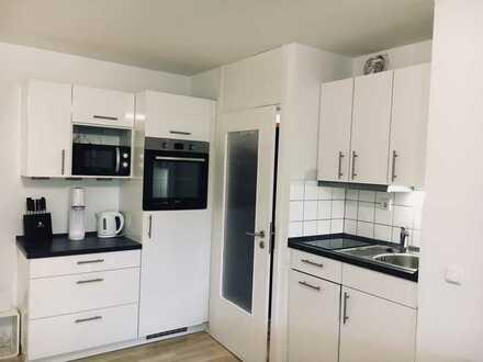 Renovierte und möblierte 2-Zimmer-Wohnung mit Terrasse und EBK in Tübingen