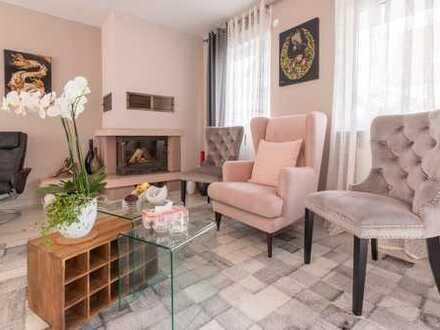 OFFENHEIT! Kernsaniert in 2018 ! 7 Zimmer inkl. ELW ! 340 m² Grund, 240 m² Wfl!