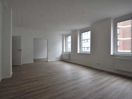 Kernsanierte City-Wohnung mit 2,5 Zimmern