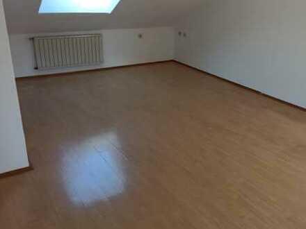 3-Zi-Dachgeschoß-Wohnung in Dortmund - Oespel