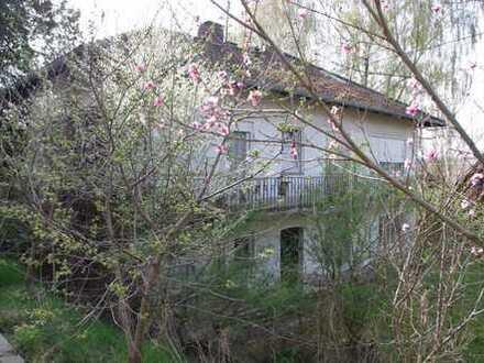Zweifamilienhaus 290qm mit großem Kelleranbau 250 qm für Lager/Garage, sanierungsbedürftig