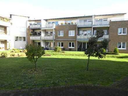 Seniorengerechte Luxuswohnung mit eig. Eingang, EBK, 2x Süd-West-Terrasse in ruhiger Lage