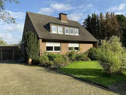 1.335 €, 204 m², 6 Zimmer