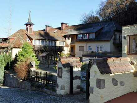 Badenweiler: Herrschaftliches Anwesen in einmaliger Lage
