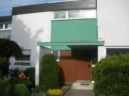 Schönes Reihenmittelhaus in gepflegter Wohnlage - Nähe Waldorfschule/ Emmy-Noether-Gymnasium