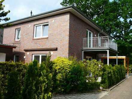 Erstbezug mit Einbauküche und Balkon: ansprechende 3-Zimmer-Wohnung in Oldenburg, Bloherfelde