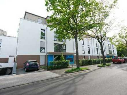 Großzügige Wohnung mit zwei Dachterrasen in modernem Neubau