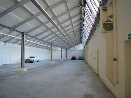 Lager- und Produktionsflächen / Werkhalle - ebenerdig mit Rolltor - ca. 1400 m²