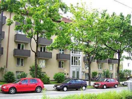 Appartment(35.000,-€ renov.) mit EBK in München/Giesing, 4% möglich (auch gewerblich nutzbar)