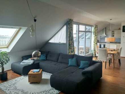 Ruhige großzügige DG-Wohnung incl. Einbauküche mit tollem Blick in Mainz-Gonsenheim
