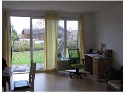 300.0 € - 30.0 m² - 1.0 Zi. Erdgeschoss
