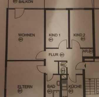 Exklusive, modernisierte 4-Zimmer-Hochparterre-Wohnung mit Balkon und EBK in Stuttgart