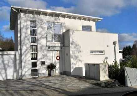 MTS-IMMOBILIEN: Imposanter Blick Königstein/Falkenstein - Stilvolles Wohnen in Premiumlage