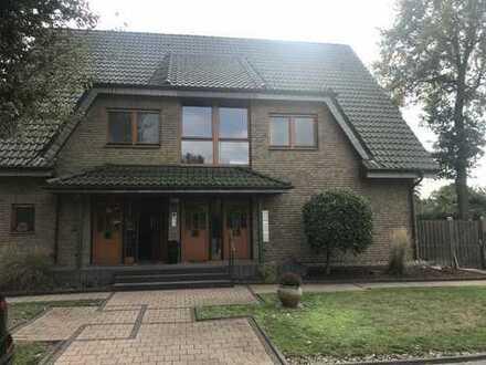 Gepflegte 2 Zimmer-Dachgeschosswohnung mit Balkon in Bottrop