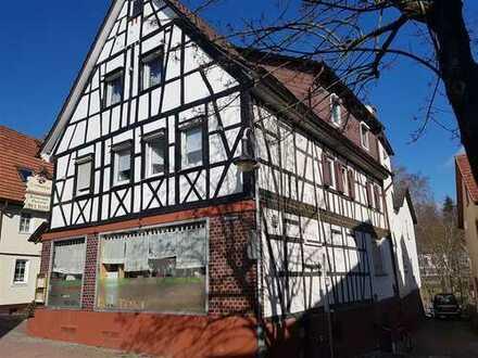 Birkenau: ein Hof, 2 Wohnhäuser
