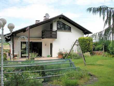 Stromberg/Roth, Wohnhaustraum, top gepfl. EFH mit herrl. Garten, Weitblick und viel Platz
