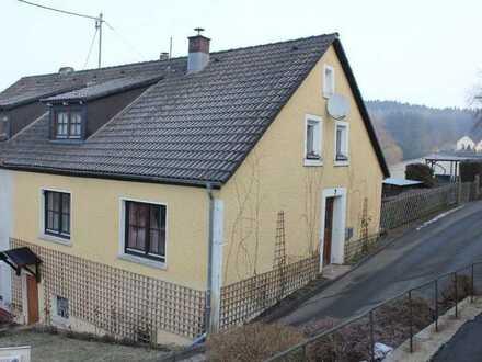 Liebevoll restauriertes Haus mit schönem Garten