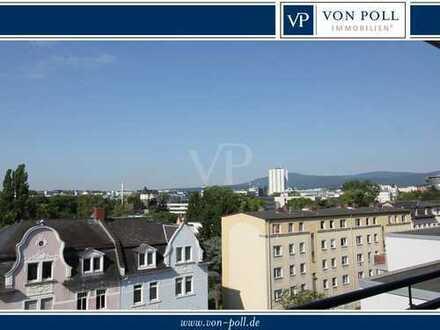 VON POLL - BAD HOMBURG: Moderne Zwei-Zimmer Wohnung, zentral mit großem Südbalkon und Blicklage